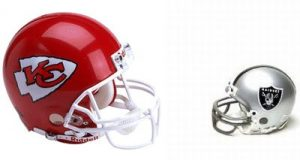 rp_chiefs_v_raiders_helmets.jpg (Watch out for Oakland and Kansas City in 2016 AFC West)